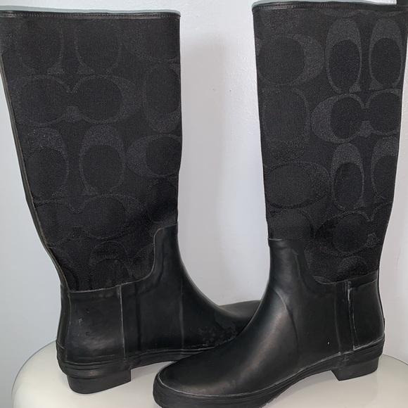 ☔️COACH Paige rain boots